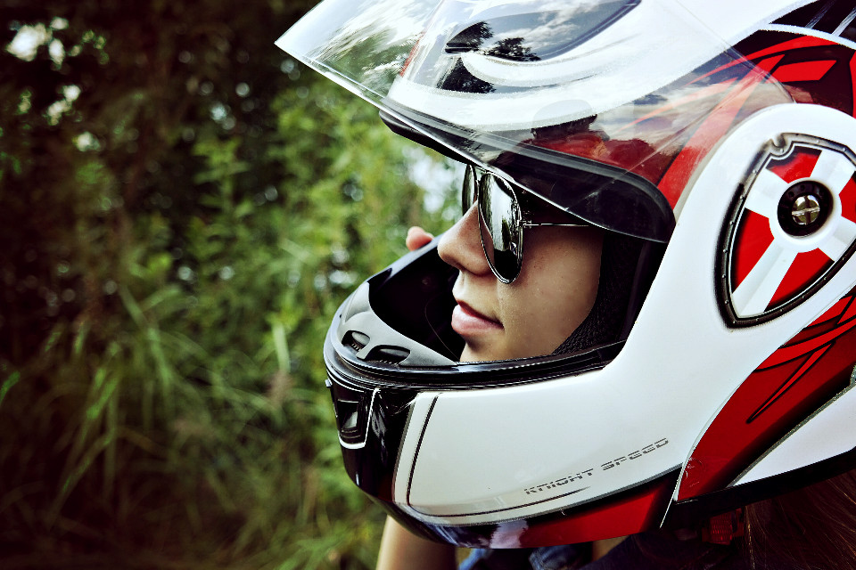 #eyes #moto #motorcycle #travel #summer #фотограф #photography #AlenkaPiskunova #girl #девушка