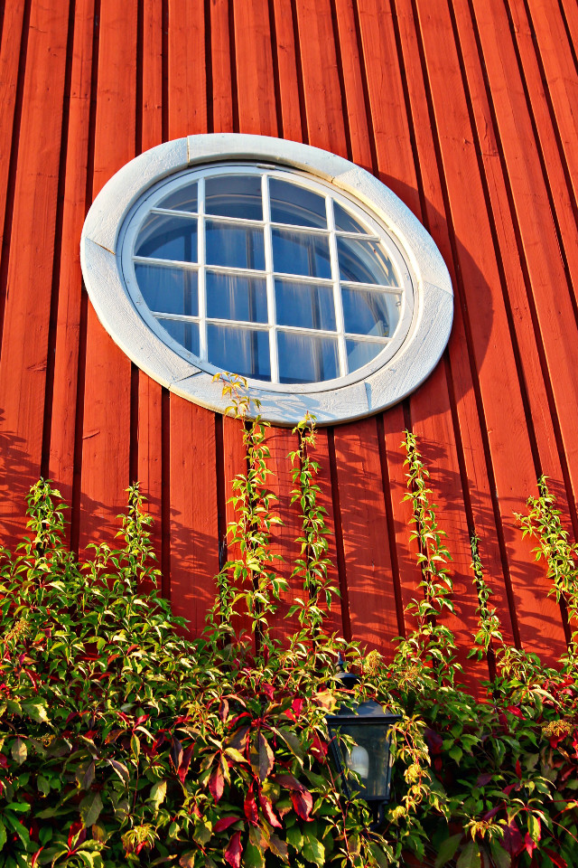 #circle  #window  #red  #photography