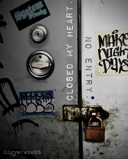 #door #streetart #key